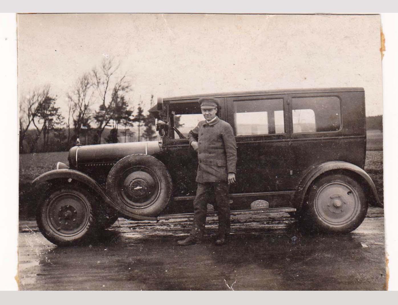 1919 Erwarb Der Fabrikant Wilhelm Schaller Aus Fürth Ein Kleines Sägewerk  Mit Eigener Energieversorgung In Ebrach/Steigerwald, Das Die Firma In Fürth  Mit ...